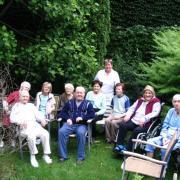 Nyugdíjas otthon gondozói